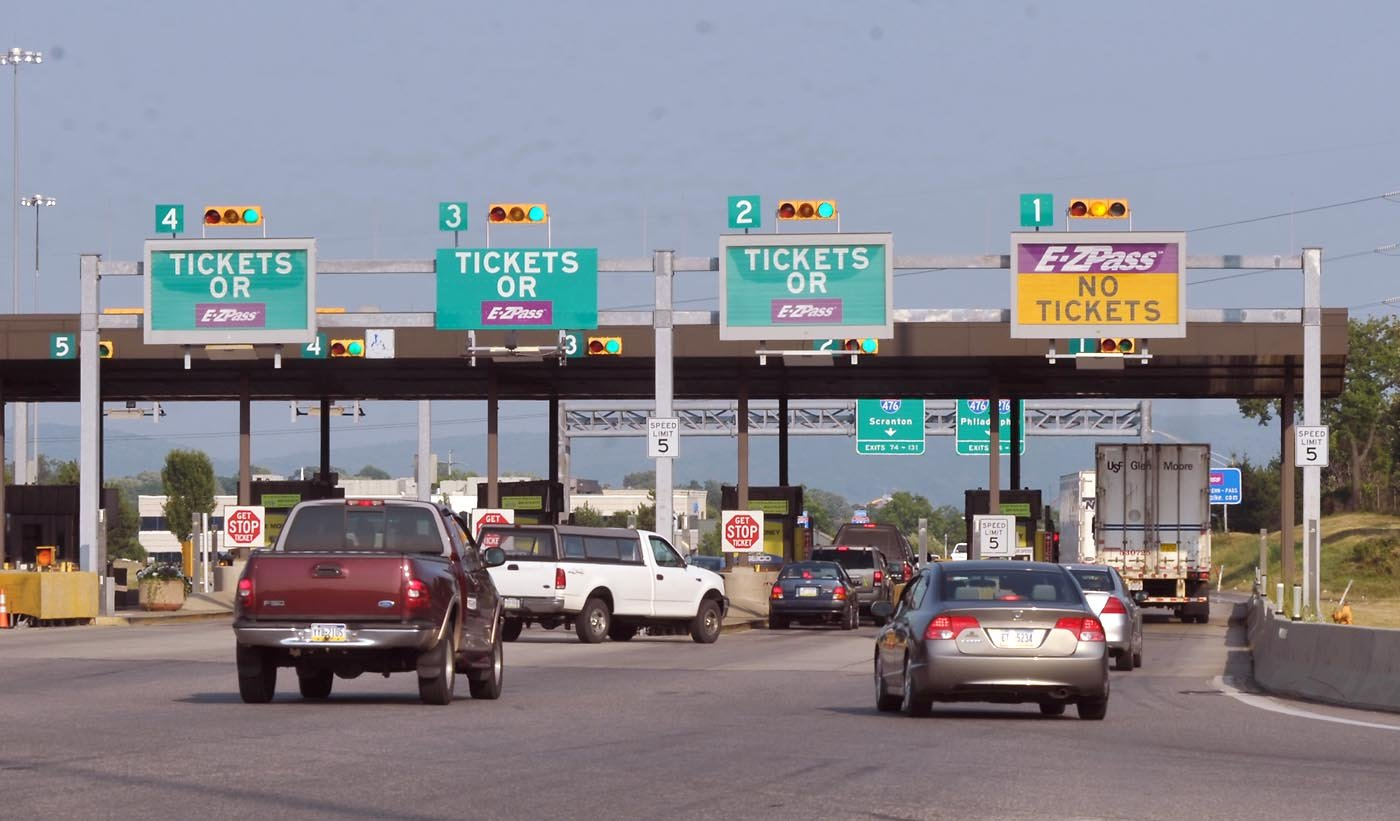 Kingdom Plans to Introduce Road Tolls in Saudi Arabia
