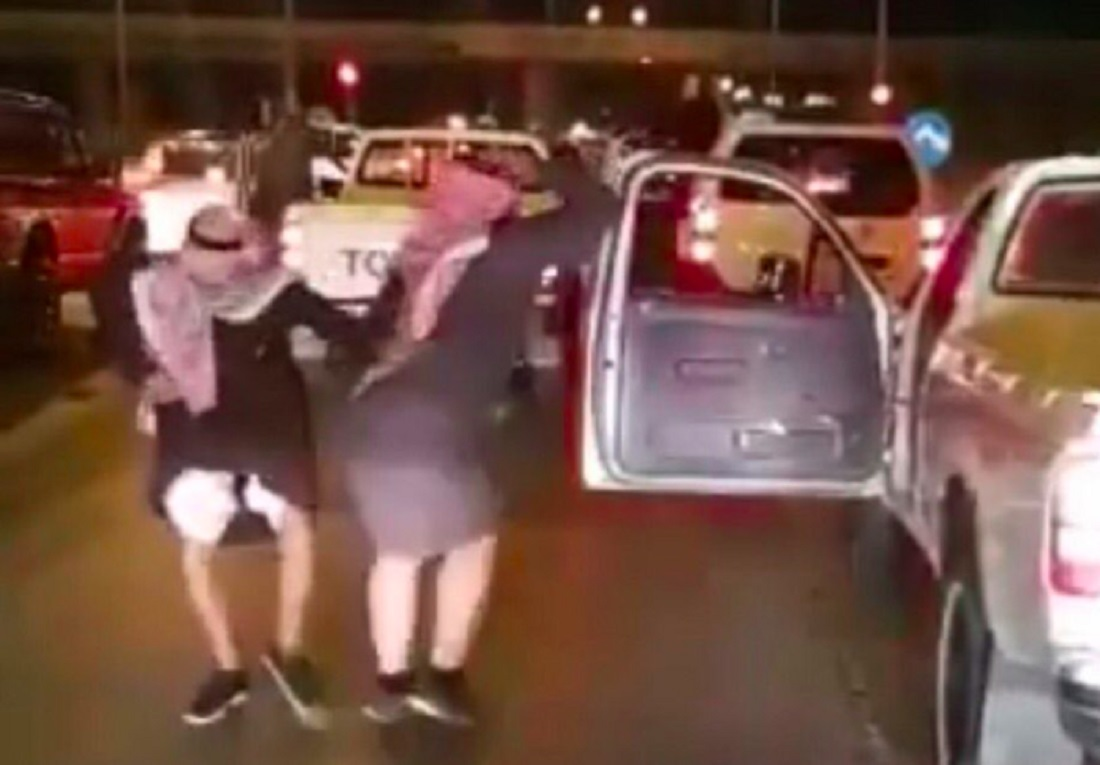 Two Saudi Men Arrested for Dancing While Waiting at a Red Traffic light